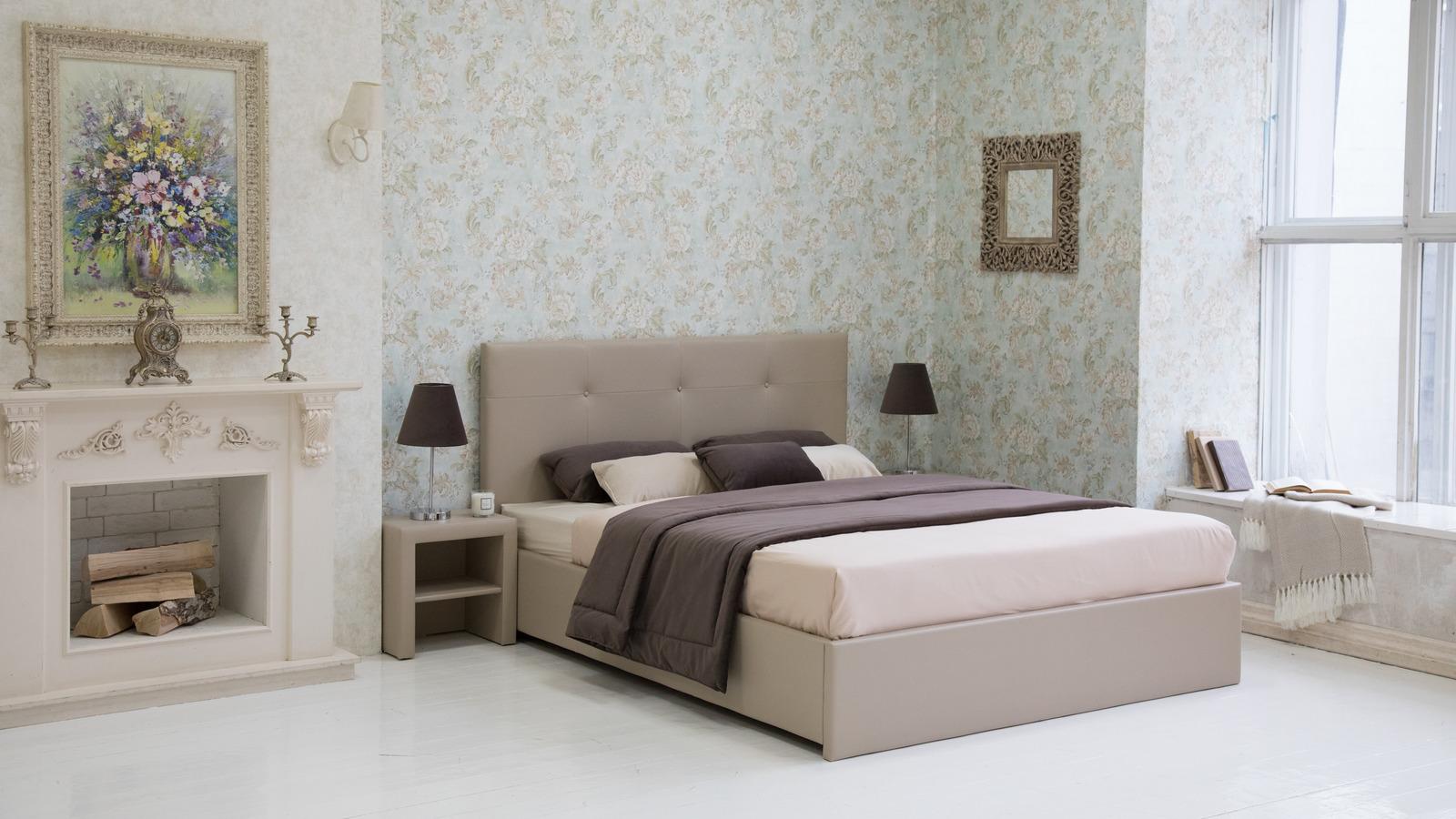 Кровать Maya сдержанного классического дизайна. Строгость линий и минимум деталей делают Maya универсальной для современных интерьеров